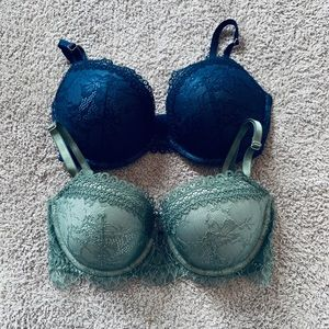 Set Of 2 All Over Lace VS Push-Up Bras